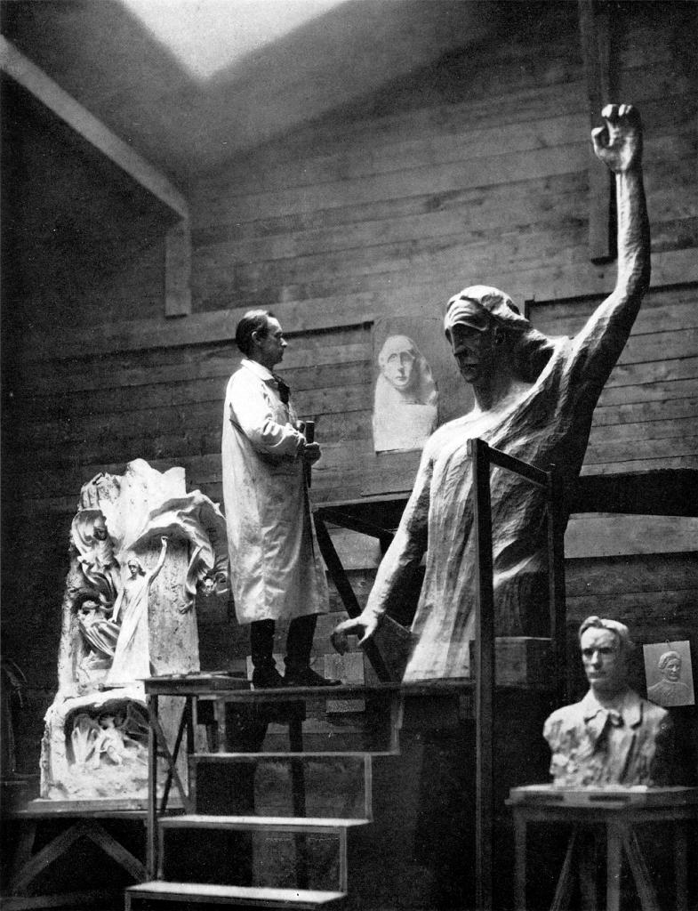 Rudolf Steiner working on his statue titled 'The Representative of Man'